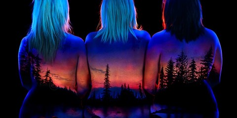 """Alaskan Sunrise on Mother and Daughters"". Foto: Facebook John Poppleton ""Under Black Light"""