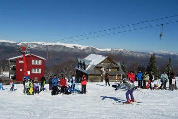 10.000 de turiști în Straja