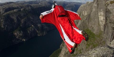 Foto: http://www.wingsuitfly.com/