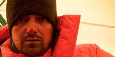 Alex Gavan pe Dhaulagiri, în Tabăra 2 (6400 m) (Foto: Alex Găvan)