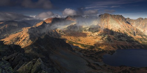 Foto: http://www.boredpanda.com/landscape-mountain-photography-karol-nienartowicz-poland/?image_id=I-photograph-the-Tatras-the-highest-mountains-in-Poland.-See-what-I-did-there.-26__880.jpg#topcategories
