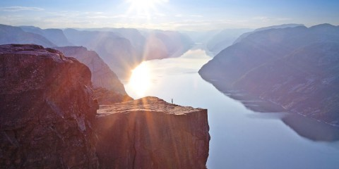 Foto: http://www.boredpanda.com/30-fairytale-images-that-show-norway-is-more-beautiful-than-you-ever-imagined/