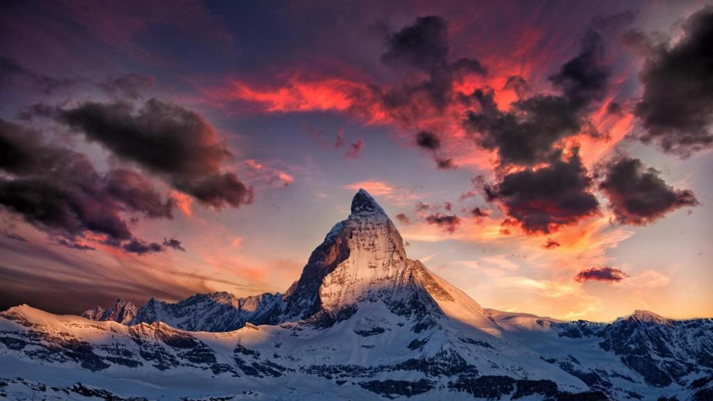 Matterhorn (4.478 m), Elveția. Foto: wellbo.com
