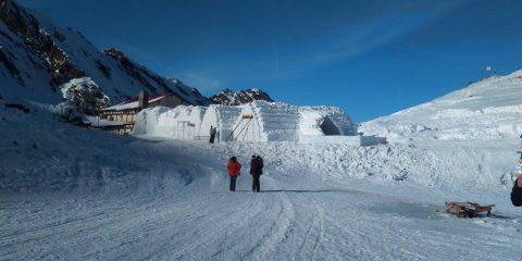 S-a deschis hotelul de gheață de la Bâlea Lac