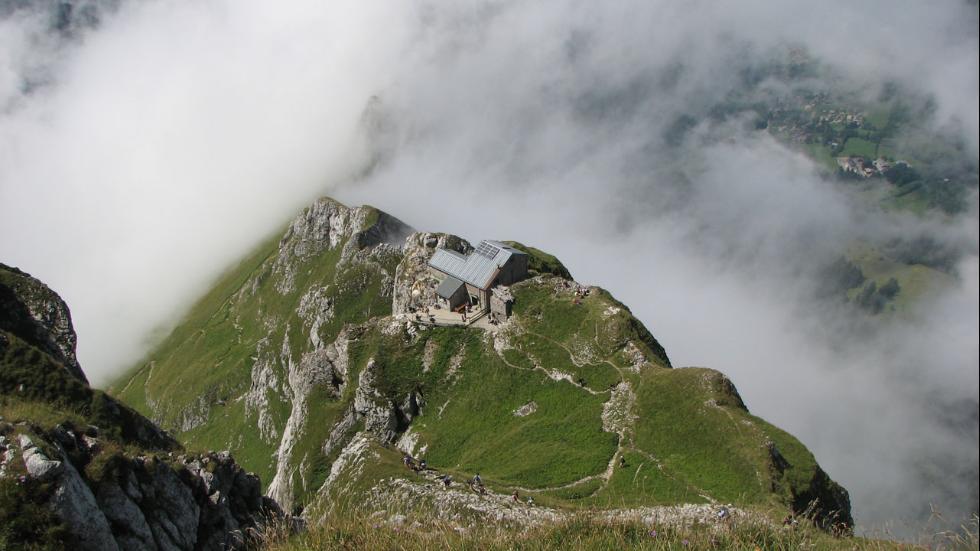 Foto: Refugiul de la Dent d'Oche/weather.com
