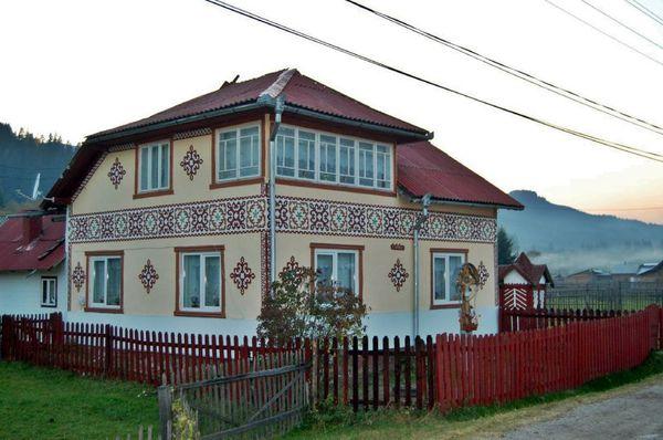Foto: Ciocănești/http://www.ziuanews.ro/revista-presei/calatorie-in-elve-ia-romaniei-turul-celor-mai-frumoase-sate-din-ara-noastra-197147