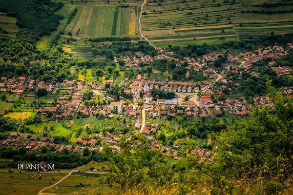 Foto: Rimetea/http://www.ziuanews.ro/revista-presei/calatorie-in-elve-ia-romaniei-turul-celor-mai-frumoase-sate-din-ara-noastra-197147