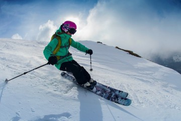 http://www.redbull.com/ro/ro/snow/stories/1331636682186/interviu-sonia-dragan
