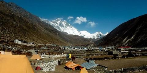 Tabăra de bază Everest (Foto: Huw Thomas)