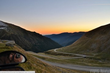 Foto: http://vandogtraveller.com/best-road-world-driving-transfagarasan-mountain-pass/